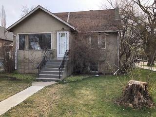 Photo 1: 9303 92 Street in Edmonton: Zone 18 House for sale : MLS®# E4176452