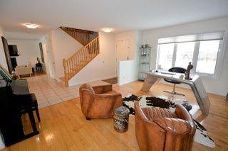 Photo 2: 10011 112 Avenue in Fort St. John: Fort St. John - City NW House for sale (Fort St. John (Zone 60))  : MLS®# R2439117