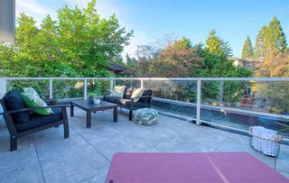 Photo 7: 1535 E 5TH Avenue in Vancouver: Grandview Woodland 1/2 Duplex for sale (Vancouver East)  : MLS®# R2439522