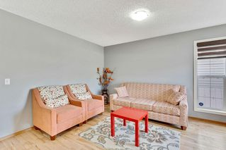 Photo 4: 279 TARACOVE ESTATE Drive NE in Calgary: Taradale Detached for sale : MLS®# C4297853