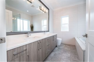 Photo 11: 5516 LANARK Street in Vancouver: Knight House for sale (Vancouver East)  : MLS®# R2463121