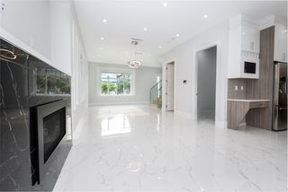 Photo 7: 5516 LANARK Street in Vancouver: Knight House for sale (Vancouver East)  : MLS®# R2463121