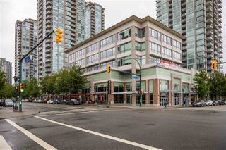"Photo 17: 303 1215 PACIFIC Street in Coquitlam: North Coquitlam Condo for sale in ""PACIFIC PLACE"" : MLS®# R2469620"