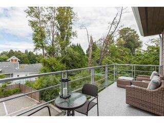 "Photo 13: 12 15918 MOUNTAIN VIEW Drive in Surrey: Grandview Surrey Townhouse for sale in ""Willsbrook"" (South Surrey White Rock)  : MLS®# R2477106"