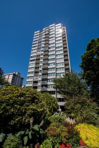 "Main Photo: 1705 1740 COMOX Street in Vancouver: West End VW Condo for sale in ""The Sandpiper"" (Vancouver West)  : MLS®# R2479150"