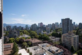 """Photo 10: 1705 1740 COMOX Street in Vancouver: West End VW Condo for sale in """"The Sandpiper"""" (Vancouver West)  : MLS®# R2479150"""