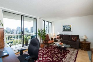 """Photo 2: 1705 1740 COMOX Street in Vancouver: West End VW Condo for sale in """"The Sandpiper"""" (Vancouver West)  : MLS®# R2479150"""