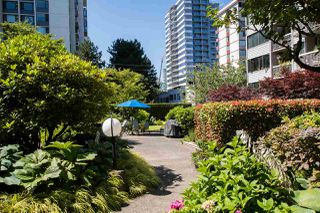 """Photo 25: 1705 1740 COMOX Street in Vancouver: West End VW Condo for sale in """"The Sandpiper"""" (Vancouver West)  : MLS®# R2479150"""
