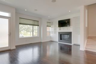 Photo 6: 35B MONCTON Road NE in Calgary: Winston Heights/Mountview Semi Detached for sale : MLS®# A1024659