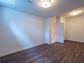 Photo 32: 35B MONCTON Road NE in Calgary: Winston Heights/Mountview Semi Detached for sale : MLS®# A1024659