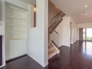 Photo 17: 35B MONCTON Road NE in Calgary: Winston Heights/Mountview Semi Detached for sale : MLS®# A1024659