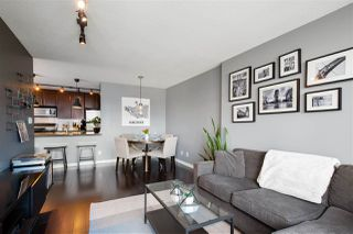 "Photo 14: 1606 58 KEEFER Place in Vancouver: Downtown VW Condo for sale in ""FIRENZE"" (Vancouver West)  : MLS®# R2496452"