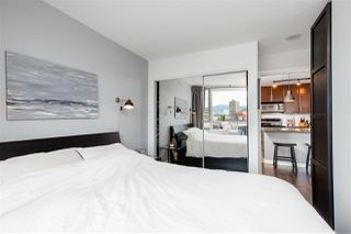 "Photo 19: 1606 58 KEEFER Place in Vancouver: Downtown VW Condo for sale in ""FIRENZE"" (Vancouver West)  : MLS®# R2496452"