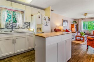 Photo 3: 2241 CRYSTAL Court in Abbotsford: Poplar Manufactured Home for sale : MLS®# R2501643