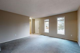 Photo 3: 6215 14 Avenue in Edmonton: Zone 29 House for sale : MLS®# E4217318