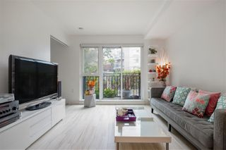 "Photo 10: 205 111 E 3RD Street in North Vancouver: Lower Lonsdale Condo for sale in ""VERSATILE"" : MLS®# R2510116"