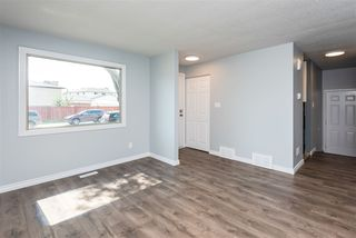 Photo 3:  in Edmonton: Zone 29 House for sale : MLS®# E4219581