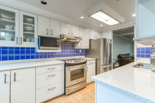 "Photo 10: 214 13933 74 Avenue in Surrey: East Newton Townhouse for sale in ""GLENCO ESTATES"" : MLS®# R2517919"