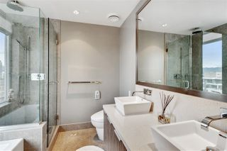 """Photo 12: 1401 1661 ONTARIO Street in Vancouver: False Creek Condo for sale in """"Millennium Water"""" (Vancouver West)  : MLS®# R2521704"""