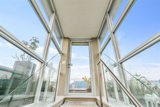 """Photo 17: 1401 1661 ONTARIO Street in Vancouver: False Creek Condo for sale in """"Millennium Water"""" (Vancouver West)  : MLS®# R2521704"""