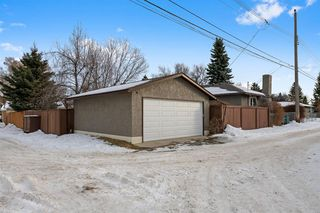 Photo 33: 42 Gladeview Crescent SW in Calgary: Glamorgan Detached for sale : MLS®# A1057775