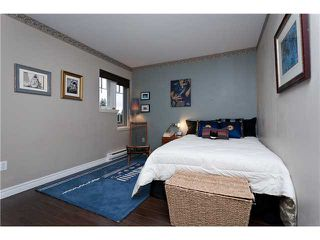 """Photo 7: 3 3405 PLATEAU Boulevard in Coquitlam: Westwood Plateau Townhouse for sale in """"PINNACLE RIDGE"""" : MLS®# V932727"""