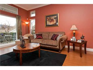 """Photo 3: 3 3405 PLATEAU Boulevard in Coquitlam: Westwood Plateau Townhouse for sale in """"PINNACLE RIDGE"""" : MLS®# V932727"""