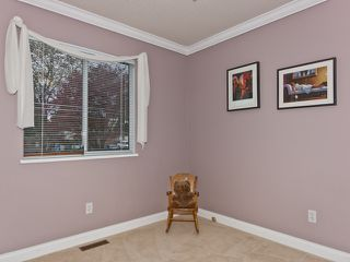 "Photo 13: 14743 69A Avenue in SURREY: East Newton House for sale in ""Chimney Heights"" (Surrey)  : MLS®# F1210167"