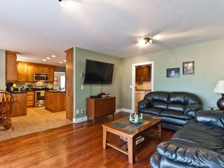 "Photo 7: 14743 69A Avenue in SURREY: East Newton House for sale in ""Chimney Heights"" (Surrey)  : MLS®# F1210167"