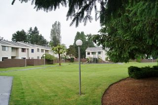 "Photo 14: 127 14165 104TH Avenue in SURREY: Whalley Townhouse for sale in ""HAWTHORNE PARK"" (North Surrey)  : MLS®# F1215456"