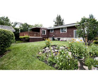 Photo 1: 5907 LAKEVIEW Drive SW in CALGARY: Lakeview Residential Detached Single Family for sale (Calgary)  : MLS®# C3533676