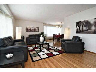 Photo 3: 5907 LAKEVIEW Drive SW in CALGARY: Lakeview Residential Detached Single Family for sale (Calgary)  : MLS®# C3533676