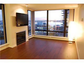 """Photo 2: 801 151 W 2ND Street in North Vancouver: Lower Lonsdale Condo for sale in """"SKY"""" : MLS®# V975019"""