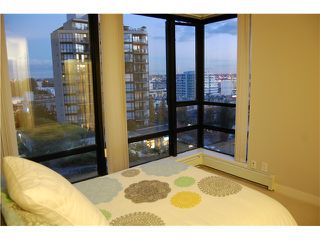 """Photo 5: 801 151 W 2ND Street in North Vancouver: Lower Lonsdale Condo for sale in """"SKY"""" : MLS®# V975019"""