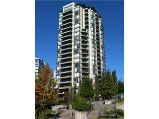 "Main Photo: 801 151 W 2ND Street in North Vancouver: Lower Lonsdale Condo for sale in ""SKY"" : MLS®# V975019"