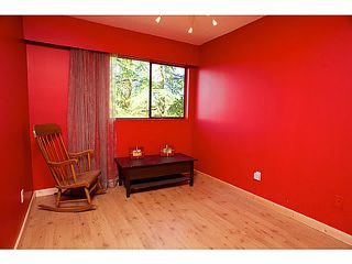 """Photo 7: 865 OLD LILLOOET Road in North Vancouver: Lynnmour Townhouse for sale in """"LYNNMOUR VILLAGE"""" : MLS®# V991952"""