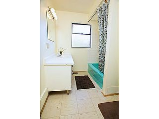 """Photo 8: 865 OLD LILLOOET Road in North Vancouver: Lynnmour Townhouse for sale in """"LYNNMOUR VILLAGE"""" : MLS®# V991952"""
