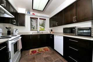 "Photo 10: 91 211 BEGIN Street in Coquitlam: Maillardville Condo for sale in ""Place Fountainebleau"" : MLS®# V1023931"