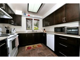 """Photo 8: 91 211 BEGIN Street in Coquitlam: Maillardville Condo for sale in """"Place Fountainebleau"""" : MLS®# V1023931"""
