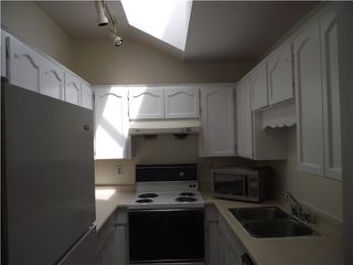 Photo 7: 5136 HASTINGS ST in Burnaby: Capitol Hill BN Condo for sale (Burnaby North)  : MLS®# V1002299