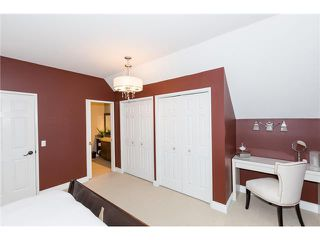Photo 12: 1440 43 Street SW in CALGARY: Rosscarrock Residential Detached Single Family for sale (Calgary)  : MLS®# C3632156