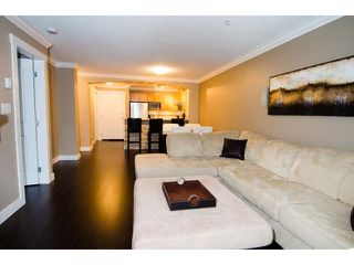 Photo 4: # 203 2998 SILVER SPRINGS BV in Coquitlam: Westwood Plateau Condo for sale : MLS®# V1052339