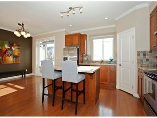 Photo 10: # 28 7168 179TH ST in Surrey: Cloverdale BC Condo for sale (Cloverdale)  : MLS®# F1430373