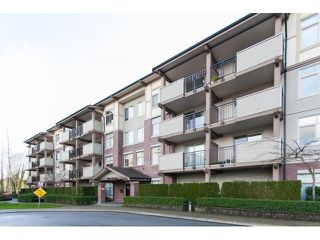 Photo 2: 201 10088 148 STREET in Surrey: Guildford Condo for sale (North Surrey)  : MLS®# R2146814