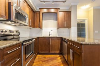 Photo 5: 318 2628 MAPLE STREET in Port Coquitlam: Central Pt Coquitlam Condo for sale : MLS®# R2157652
