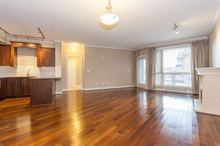 Photo 7: 318 2628 MAPLE STREET in Port Coquitlam: Central Pt Coquitlam Condo for sale : MLS®# R2157652