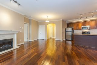 Photo 6: 318 2628 MAPLE STREET in Port Coquitlam: Central Pt Coquitlam Condo for sale : MLS®# R2157652