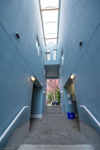 Photo 16: 11 973 W 7TH AVENUE in Vancouver: Fairview VW Townhouse for sale (Vancouver West)  : MLS®# R2358809