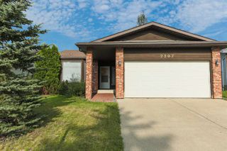 Photo 2: 2207 111A Street NW in Edmonton: Zone 16 House for sale : MLS®# E4163894
