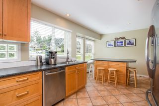 Photo 7: 16353 28 AVENUE in Surrey: Grandview Surrey House for sale (South Surrey White Rock)  : MLS®# R2375201